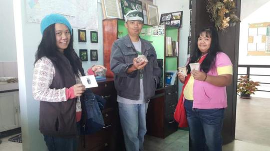 BASS Members get seeds from Seed Library post Typhoon Mangkhut.